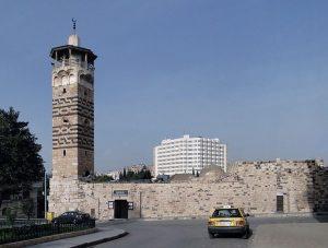 792px-nur_al-din_mosque_hama_01